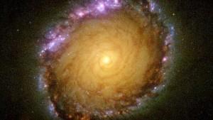 ngc1512-galaxia-espiral--644x362