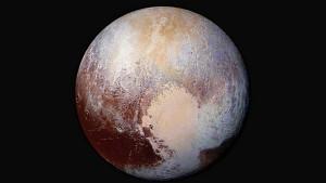 Primer-plano-Pluton-colores_CLAIMA20150724_0204_41